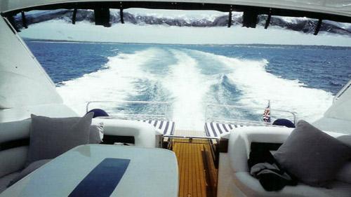 derriere-yacht-mediterrannee