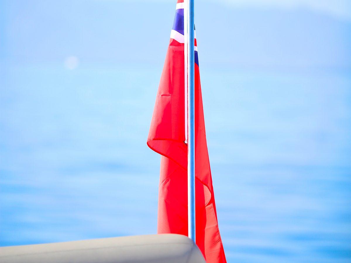 drapeau_yacht